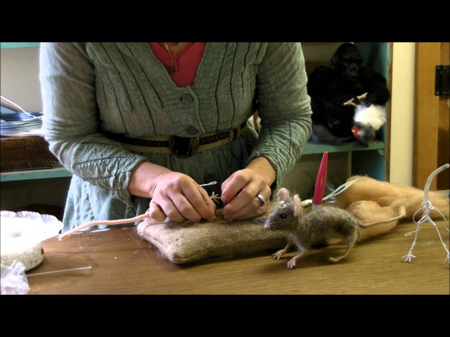 How To Needle Felt Mouse Series 2 Wrapping Toes and Legs by Sarafina Fiber Art