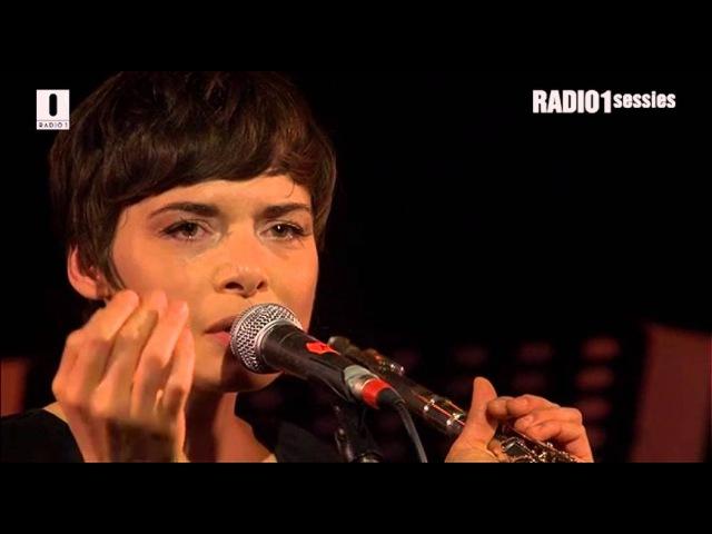 I feel you Melanie De Biasio Radio 1 Sessies 2013