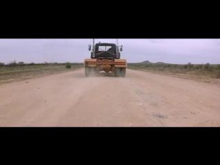 Безумный Макс 2 (1981) супер фильм___________________________________________________________________ Камера 211 2009