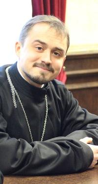 Роман Артемов
