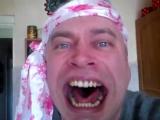 Страшный смех ( Прикольное видео прикол тупой мужик мужчина снимает своё тупое видео ) мой муж