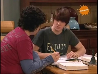Дрейк и Джош - Ты у меня списываешь