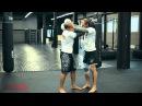Тайский бокс с чемпионом мира перехватываем инициативу в клинче Обучающее видео от 4ММА