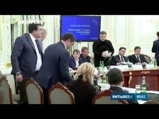 Аваков бросил стаканом в Саакашвили конфликт