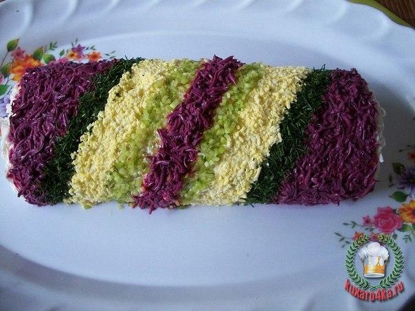 Новогодний салат «Хлопушка»