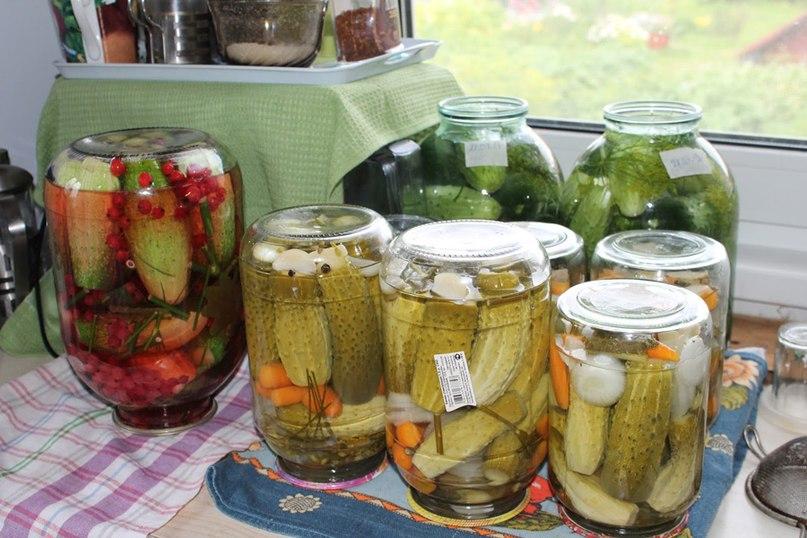 Заготовки на зиму из различных овощей-Салат из огурцов или ассорти