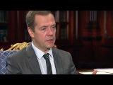 Развитие рабочих профессий Дмитрий Медведев обсудил с директором Агентства стратегических инициатив - Первый канал