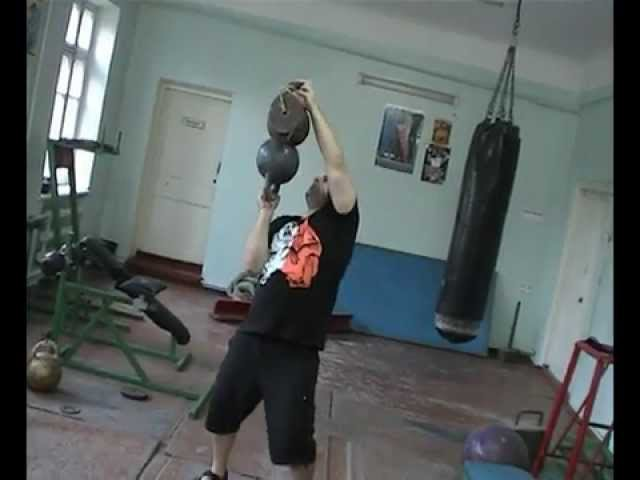 The heaviest stacked bottom up press ever-65kg.Kettlebells 38kg27kg. Жим 65кг напопа правой