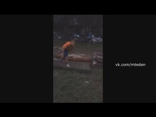 ШОК!!! Мальчик сломал шею, когда хотел сделать сальто. СМОТРЕТЬ ВСЕМ!