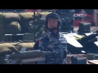 На плацу - колонна боевых машин десанта