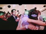 Подружка невесты хотела поймать букет, но о таком она и мечтать не могла!