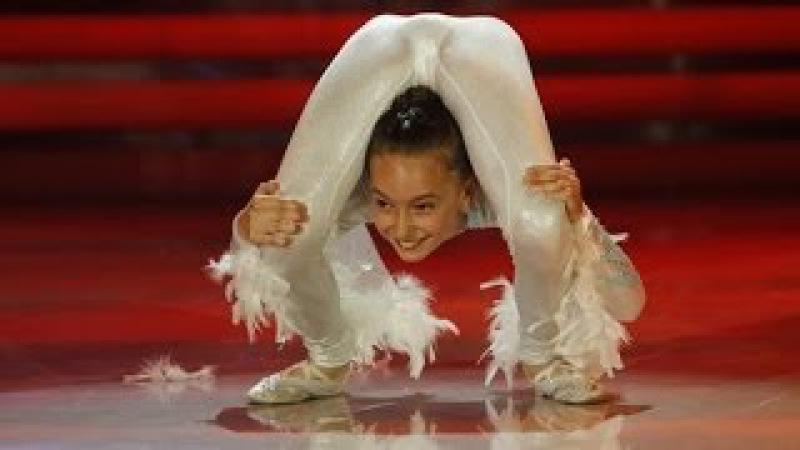 Andreea Tucaliuc, o minune! Nu ai mai văzut niciodată un asemenea număr de contorsionism!