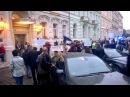 Майданутые в Праге прошли через коридор позора