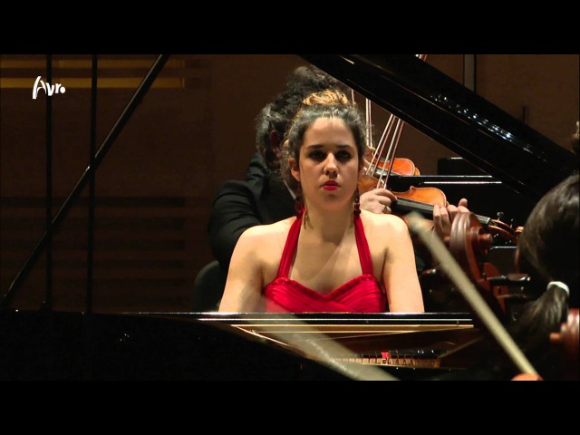 Chopin Piano Concerto nr. 2 - Rosalía Gómez Lasheras - Finale YPF - Live Concert in HD
