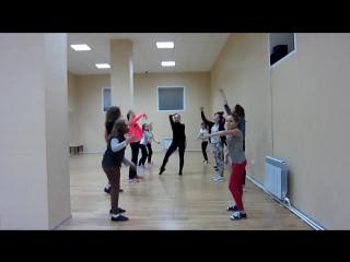 Группа направления Waacking в школе танцев