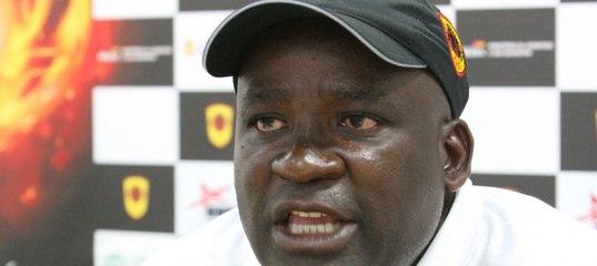 Наставник сборной Анголы уволен за неявку на работу после Рождества