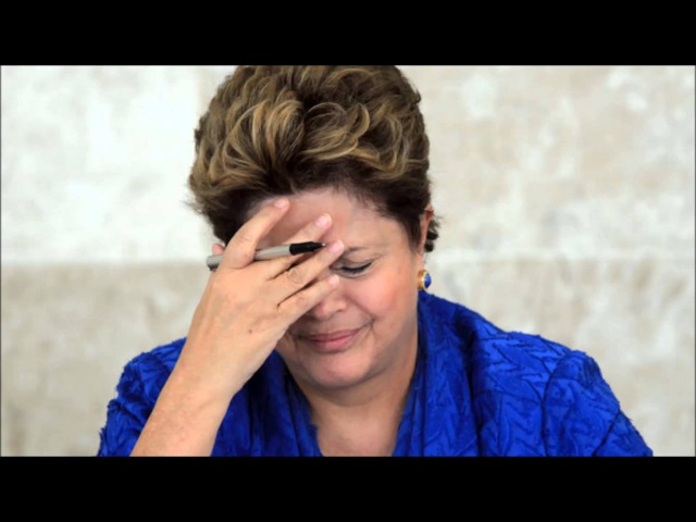 Dilma Rousseff cantando Happy birthday
