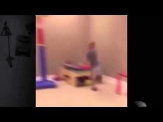 РЖАЧ!! Баскетбольная корзина упала на мальчика.На малого упало баскетбольное кольцо.Упал щит