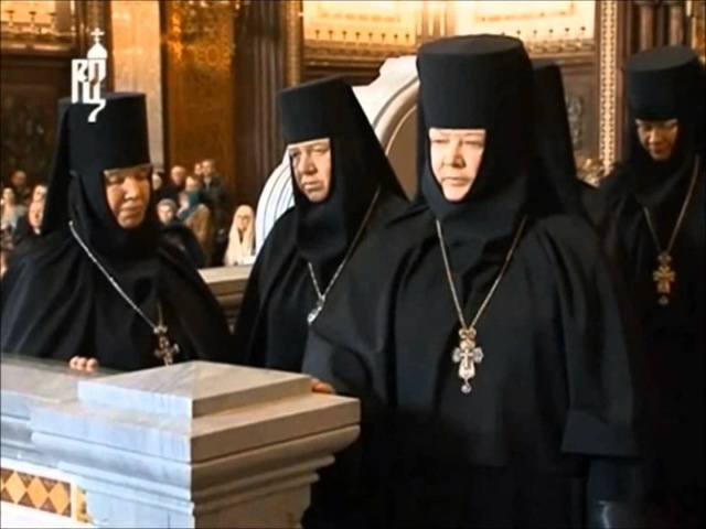 Comparison of Catholic and Orthodox Liturgical Practices