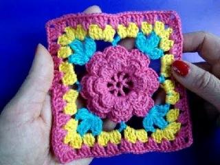 Вязание крючком. Квадратный  мотив с цветком.