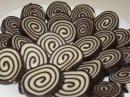Как приготовить десерт Шоколадные рулетики