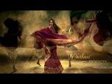 КРАСИВАЯ РЕКЛАМА сари И национальных украшений песню исполняет в клипе Алиша Чинаи.