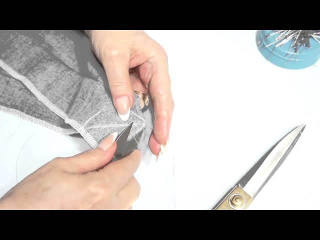Как застрочить уголок на шлице со Светланой Поярковой