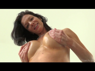 [ftvmilfs] lynn - sharing her sexuality (11) [porno, natural boobs, ass, solo, mastrubation, public nudity, fetish toys, hd