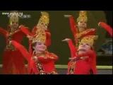 Уйгурский танец (вязание ковра CCTV)