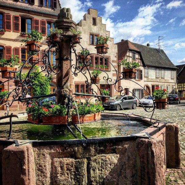 Bergheim (Бергайхм), Эльзас, Франция - достопримечательности, путеводитель по городу, туристический маршрут по Бергхайму, винная дорога Эльзаса