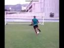 Как нужно бить пенальти в футболе. Прикол