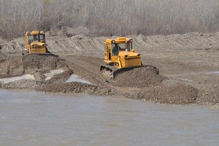 В Зеленчукском районе проведут капитальный ремонт берегоукрепительных сооружений