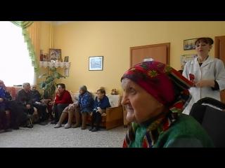 DSCN0556 Поёт Никитина Валентина Васильевна