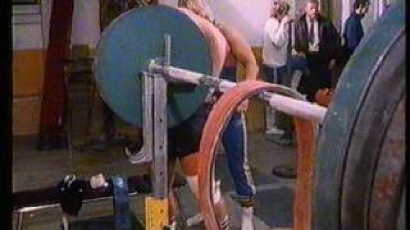 Träning inför VM Styrkelyft, 1983