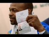 Боксер Рой Джонс получил российский паспорт и планирует перевезти свою семью в Москву