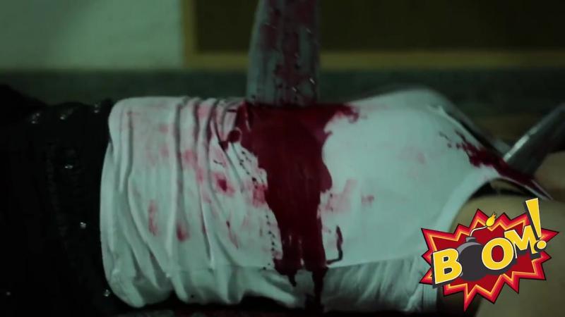 -Garota-Esfaqueada-stabbed-girl-Prank-KiLLeD