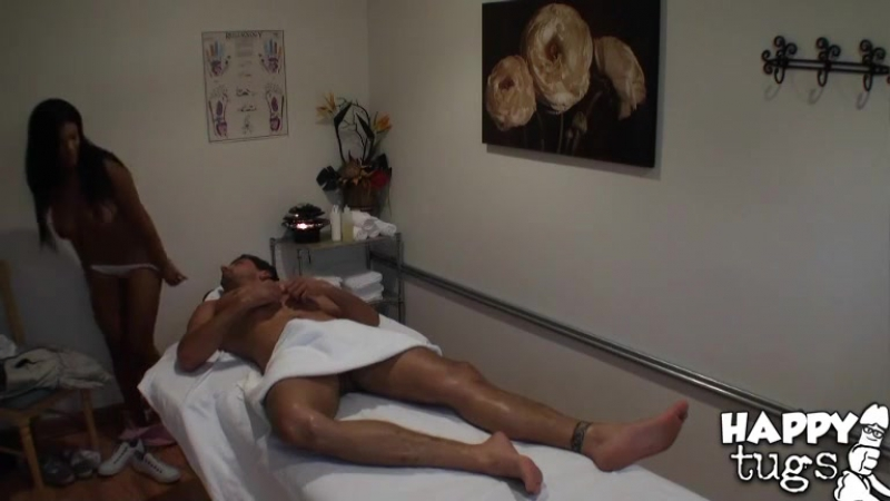 Японская массажистка трахается с клиентом Asian, Japanese, Chinese,