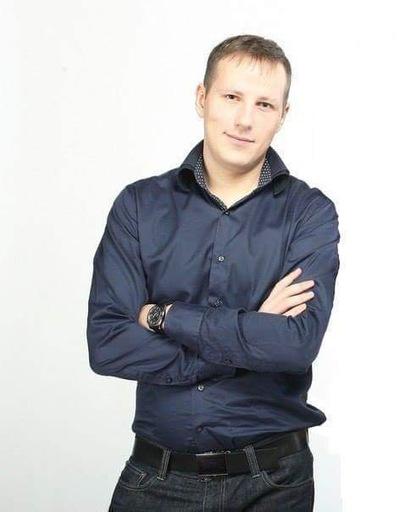 Илья Гачегов