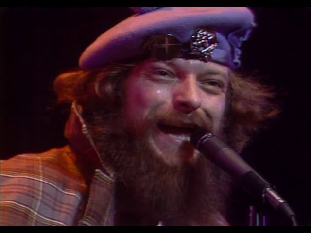 Jethro Tull Thick as a Brick live at Madison Square Garden 1978