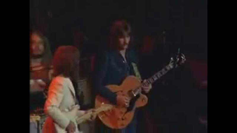 George Harrison Eric Clapton - While My Guitar Gently Weeps