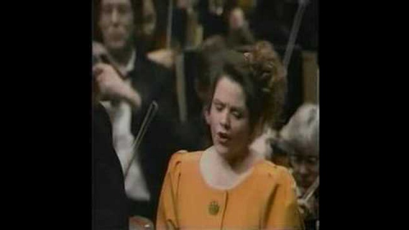 Fleming and Pavarotti in Lucia Sextet