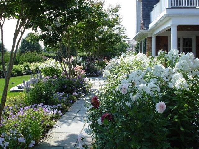Уход за цветниками-Красивые цветники - beautiful flower garden