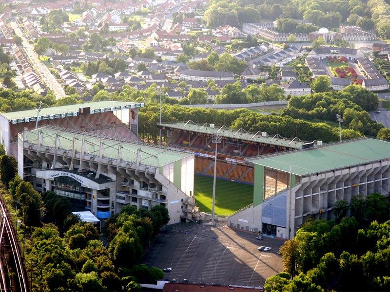 Стадион Феликса Боллара (Stade Félix-Bollaert). Ланс, Франция.