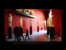 18 Голая художница разгуливала по музею Германии. Ждут когда в ответ оголится натуристка Меркель