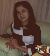 Виолетта Нарикова