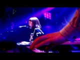 Kate Nash - Do Wah Doo (Live on Album Chart Show 2010)