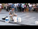 Уличный барабанщик - виртуоз. 2014 HD