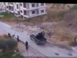 Сирия. Попадание бомбы по боевикам ИГИЛ