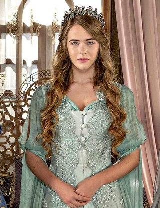Почему изменилась актриса в кесем султан