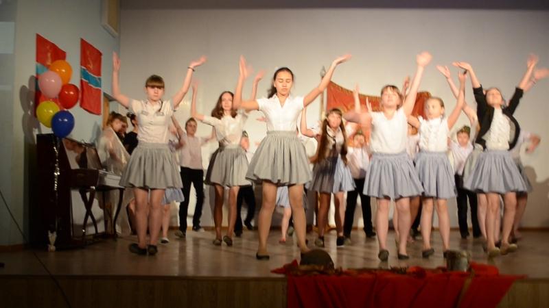 выступление школы современного танца на концерте ко дню победы в колледже 14 мая Руководитель Воробцова А